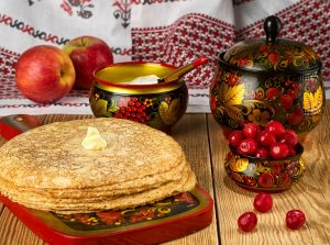 Olympic Ski Resort Tour in Russia. Typical food for Maslenitsa - Russian crepes!